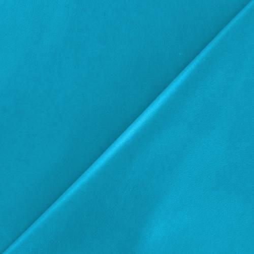 Simili d'habillement turquoise