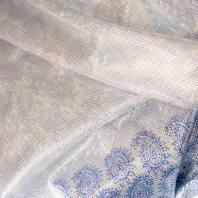 Lycra blanc motif cachemire bleu